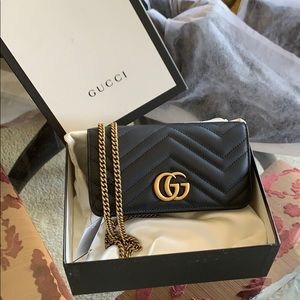 Gucci marmont super mini chain bag